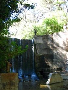 Водопад. А наверху штурвал